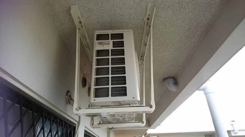 移動したエアコン室外機