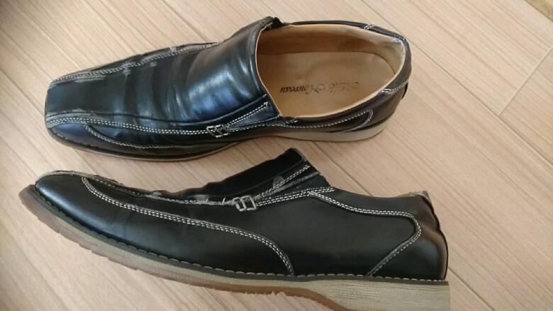 色落ちした靴