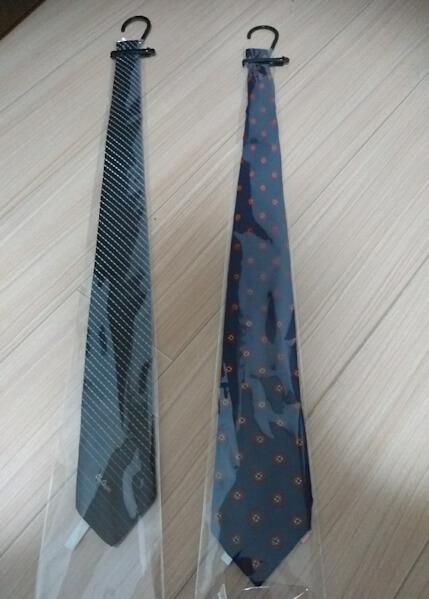 クリーニング後のネクタイ