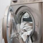 タンブラー(タンブル)乾燥とは?上手な乾燥の仕方と、禁止マークで乾燥ができない服を失敗してしまった時の対処法