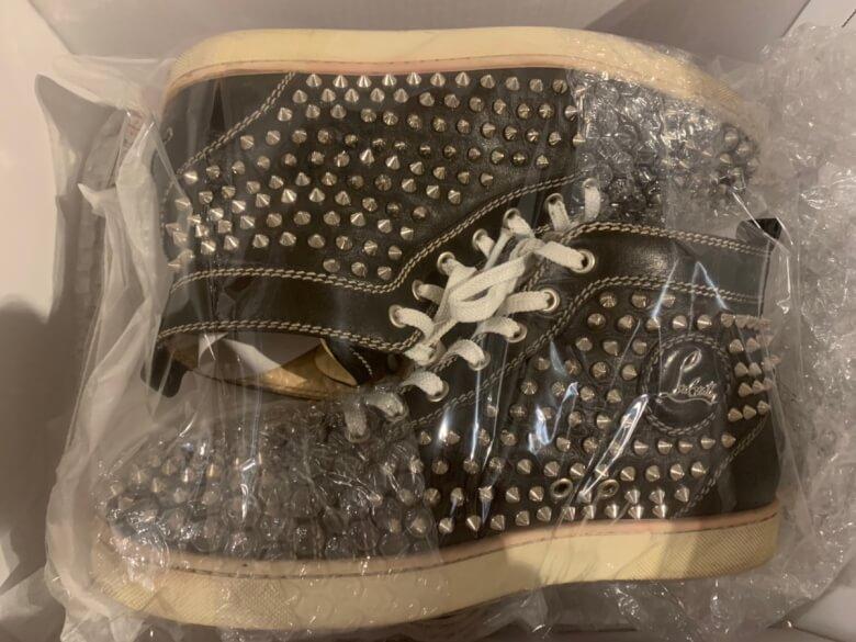 リネットでクリーニングしたハイカットの靴